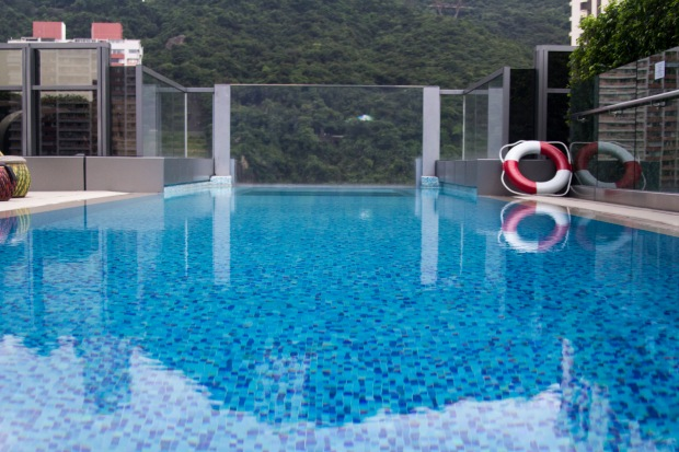 Lovely rooftop pool